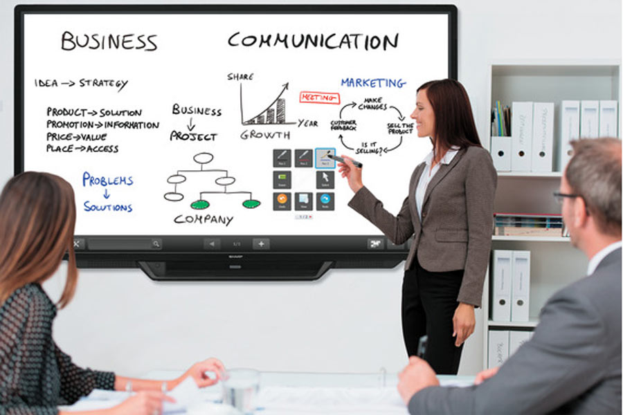 ecran-geant-interactif-business-communication