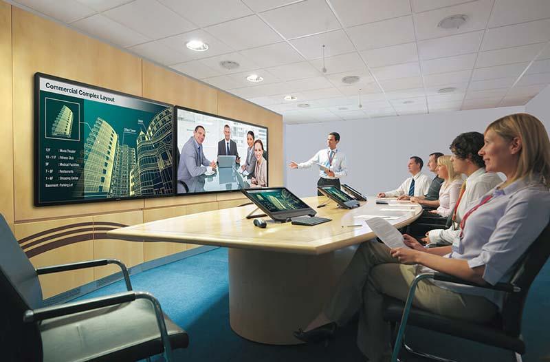 ecran-geant-interactif-reunion-professionnel-bureau